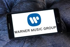 Logotipo de Warner Music Group fotos de stock