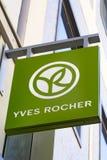 Logotipo de YVES ROCHER Imagen de archivo