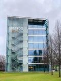 Logotipo del Amazonas en el edificio de oficinas, Munich Alemania foto de archivo