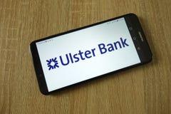 Logotipo del banco de Ulster exhibido en smartphone fotografía de archivo