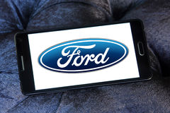 Logotipo del coche de Ford Fotografía de archivo