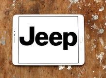Logotipo del coche del jeep Foto de archivo libre de regalías