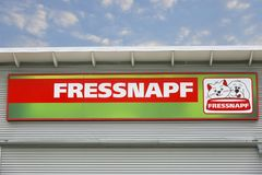 Logotipo del comercio del pienso de Fressnapf fotos de archivo