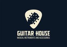 Logotipo del esquema de la casa de la guitarra Fotos de archivo libres de regalías