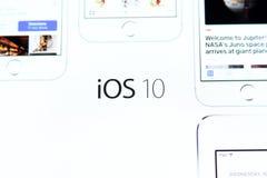Logotipo del IOS 10 en Home Page del funcionario de la manzana Foto de archivo libre de regalías