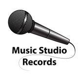 Logotipo del micrófono Fotos de archivo