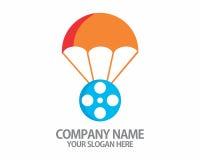 Logotipo del paracaídas del carrete de película Imágenes de archivo libres de regalías