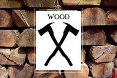 Logotipo del silvicultor de la artesanía en madera con el fondo Fotografía de archivo libre de regalías