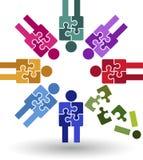 Logotipo del trabajo del equipo del rompecabezas Fotografía de archivo libre de regalías