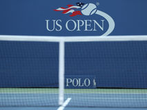Logotipo del US Open en Billie Jean King National Tennis Center en Nueva York Imágenes de archivo libres de regalías