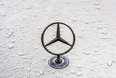 Logotipo do Benz de Mercedes foto de stock