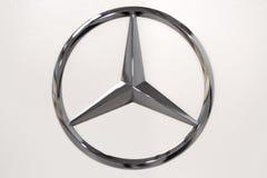 Logotipo do Benz de Mercedes foto de stock royalty free