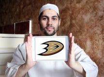 Logotipo do clube da equipe de hóquei em gelo dos Anaheim Ducks fotos de stock royalty free