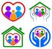 Logotipo do cuidado da família Fotografia de Stock Royalty Free