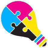 Logotipo do enigma do bulbo de Cmyk Foto de Stock