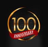 Logotipo do ouro do molde 100 anos de aniversário com ilustração vermelha do vetor da fita ilustração royalty free