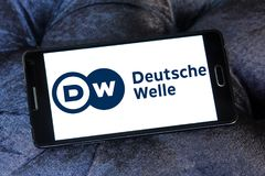 Logotipo do radiodifusor de Deutsche Welle Fotos de Stock