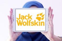 Logotipo do tipo da roupa de Jack Wolfskin Fotografia de Stock Royalty Free