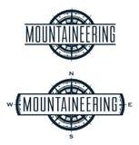 Logotipo do vetor do alpinismo e grupo de etiquetas ilustração royalty free