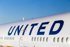 Logotipo dos aviões de United Airlines Fotografia de Stock Royalty Free