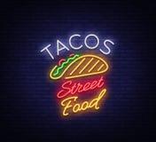 Logotipo dos tacos no estilo de néon Sinal de néon, símbolo, quadro de avisos brilhante, propaganda noturna do taco mexicano do a ilustração stock