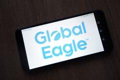 Logotipo global de Eagle Entertainment GEE indicado no smartphone fotos de stock royalty free