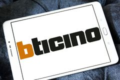 Logotipo metalúrgico de la compañía de Bticino fotografía de archivo