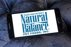 Logotipo natural del alimento para animales de la balanza Fotografía de archivo