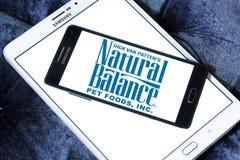 Logotipo natural dos alimentos para animais de estimação do equilíbrio Fotos de Stock Royalty Free