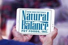 Logotipo natural dos alimentos para animais de estimação do equilíbrio Fotografia de Stock