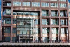 Logotipo ou sinal para Morgan Stanley em Canary Wharf Fotos de Stock