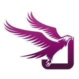 Logotipo valiente de Hawk Initial J de la púrpura del vector Imágenes de archivo libres de regalías