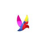 Logotipo violeta isolado do vetor da opinião lateral de pássaro de voo da cor Logotype animal Ícone do contorno de asas Silhueta  Imagens de Stock Royalty Free