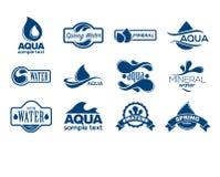 Logotipos azuis ajustados Etiqueta para a água mineral Coleção dos ícones do Aqua ilustração royalty free