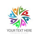 Logotipos coloridos, cuidado de la gente del grupo comunitario Círculo, cultura de la familia ilustración del vector