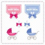 Logotipos da refeição do bebê Colheres pequenas bonitos e emblemas da fita Teste padrão azul e cor-de-rosa dos transportes de beb ilustração stock