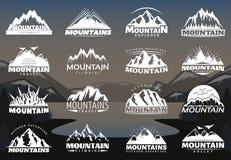 Logotipos de las montañas del vintage ilustración del vector