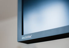 Logotype de NEC Spectraview sur le moniteur à extrémité élevé Photos libres de droits