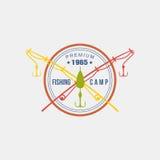 Logotype do acampamento da pesca Ilustração do vetor Imagens de Stock Royalty Free