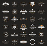 Logotypes retros ou insígnias do vintage ajustados Vetor Imagem de Stock Royalty Free