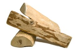 Logs de madeira para a chaminé, em um fundo isolado Imagens de Stock