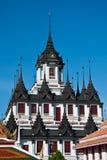 Loha Prasat, el palacio del metal, Bangkok Tailandia Fotos de archivo
