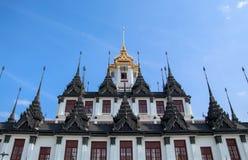 Loha Prasat metalu pałac w Wacie Ratchanatdaram Worawihan, Bangkok Tajlandia Zdjęcia Royalty Free