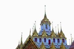 Loha Prasat op witte achtergrond, het metaalkasteel wordt geïsoleerd dat Royalty-vrije Stock Afbeeldingen