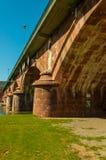Lohr A. strömförsörjning (Tysklandet) - historisk bro royaltyfri bild