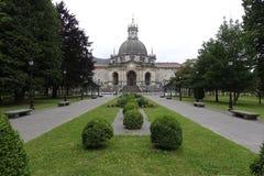 Loiola大教堂在阿兹佩希亚(西班牙) 免版税库存图片