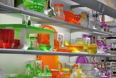 Loja colorida do kitchenware Fotografia de Stock Royalty Free