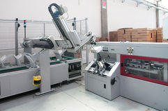 Loja de cópia (impressão) da imprensa - linha de revestimento Fotografia de Stock