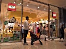 Loja de Lego em Roma foto de stock