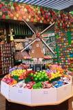 Loja de lembrança em Amsterdão Fotos de Stock